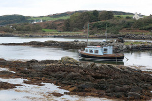 The Scottish island of Gigha is to test a vanadium flow battery energy storage system from REDT, with giant batteries containing sulphuric acid and vanadium pentoxide.