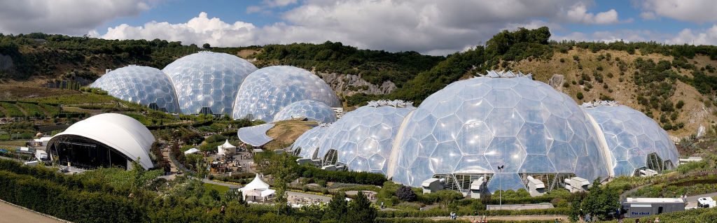 Battery storage in P2P energy networks could help businesses such as the Eden Project save money. (Pic: Jürgen Matern)