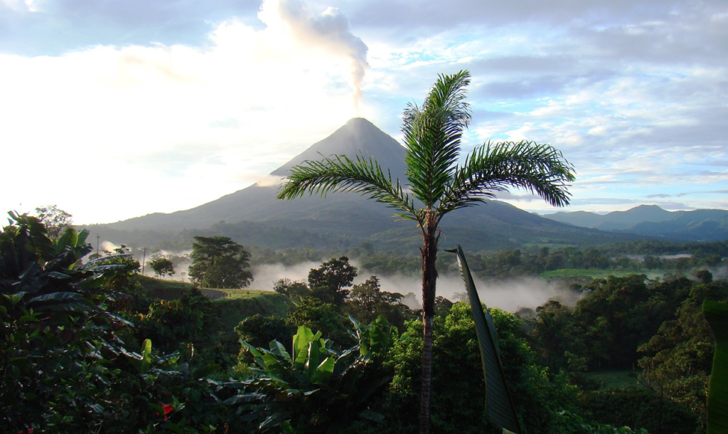 Demand Energy's battery systems will go towards helping Costa Rica maintain its pristine environment. Pic: Pixabay.