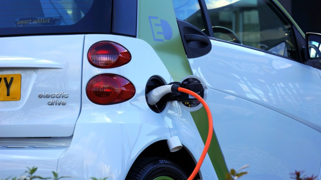 Using conductive carbon fibre for electric vehicle bodies could help extend their range and support an EV revolution. (Pic source: Mikes Photos via Pexels)