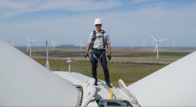 High-flier: Amazon CEO Jeff Bezos marking the opening of a wind farm in Texas in 2017 (Source: Amazon)